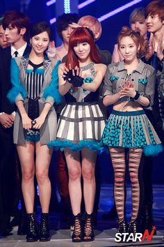 TaeTiSeo GG sub-unit. These are my favorite outfits for TTS Twinkle. Taeyeons' (far right) is my favorite from the three.