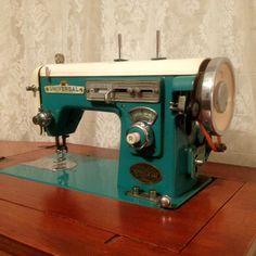 Vintage sewing machine-$20 flea market find