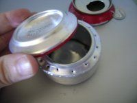 OK, an alcohol stove made from a soda can...I may have to try this.