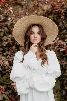 Bohemian Photography, Model Poses Photography, Spring Photography, Teen Photography, Outdoor Photography, Foto Glamour, Shotting Photo, Girl Photo Shoots, How To Pose