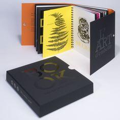 Les 52 pages, imprimées sur 29 papiers de création différents, ont une particularité qui a permis de mettre en avant l'expertise du groupe : le principe des feuillets pliés qui assure l'équilibre esthétique du book et son harmonie globale. Creations, Packaging, Graphic Design, Special Effects, Group, Wrapping