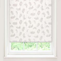 Freshen up your bedroom decor with our sheer feather roller blind, providing privacy for your home and easily opening and closing with a smooth rolling motion