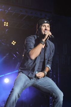 Slideshow: Luke Bryan\'s