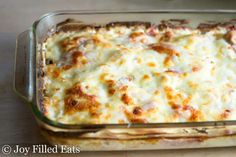 """Chicken Cordon Bleu Casserole - Low Carb Rating - Great taste but a little too """"wet."""" Use lemon juice concentrate and cut amount to one tablespoon. Skip the white wine in the recipe and drink it with the casserole! Chicken Cordon Blue Casserole, Cordon Bleu Casserole, Low Carb Chicken Casserole, Keto Casserole, Chicken Cordon Bleu, Easy Casserole Recipes, Keto Foods, Ketogenic Recipes, Ketogenic Diet"""