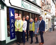 Kate & Mark say a huge thank you for their support, and bid Linda & Jeffrey of Ruby Tuesday a fond farewell. Show here with the new RAFT Clothing, Ross team ... Rose and Mandy.