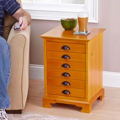 Chairside Chest Woodworking Plan from WOOD Magazine