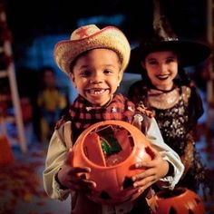 Top 25 Halloween jokes and riddles for kids