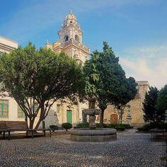 Praza de #SantoDomingo. ;-) #CidadeVella #Coruña