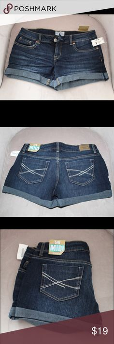 Aeropostale Jean Shorts This a brand new, never been worn pair of jean shorts from Aeropostale. I bought two of the same size and ended up not wearing this pair. Women's size 5/6. Jean material is stretchy and quite comfortable! Aeropostale Shorts Jean Shorts