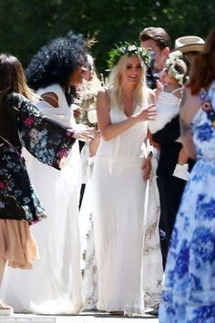 Jessica and Ashlee Simpson attend Ashlee Simpson 1cf0a62e765