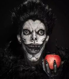 Makeup Artist Manages To Make Ryuk From 'Death Note' Creepier