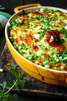 Mexican Casserole 6.5 Weight Watcher Points - Serve with chopped green onions or lettuce and plenty of sour cream,, only 6.5 weight watcher points per LARGE serving! YUM!