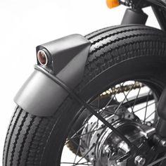 Le customer indonésien Thrive Motorcycle, basé à Jakarta, est à l'origine de cette magnifique réalisation sur une base de Yamaha XS650. Le design est inspi