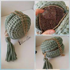 Knitted Bags Crotchet Bags Diy Bags Crochet Handbags T Shirt Yarn Crochet Accessories Crochet Clothes Backpack Bags Amigurumi Crochet Doily Rug, Love Crochet, Crochet Crafts, Crochet Projects, Knit Crochet, Thanksgiving Crochet, Crotchet Bags, Handbag Tutorial, Crochet Backpack