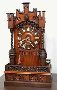 A Rare Documented Black Forest Cuckoo Clock with Soldier Automaton Sistema Solar, Classic Clocks, Clock Shop, Mantel Clocks, Cool Clocks, Clock Art, Time Clock, Grandfather Clock, Antique Clocks