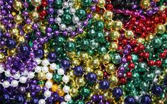 New Orleans Mardi Gras New Orleans King Cake, New Orleans Mardi Gras, Mardi Gras Beads, Ornament Wreath, Green And Gold, Holiday Decor