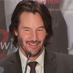 Keanu Reeves John Wick, Keanu Charles Reeves, Star Wars, Dream Boy, Pretty Men, Smile Face, Fangirl, Acting, Boyfriend