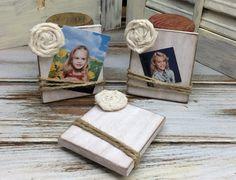 Mini Photo Display Giveaway