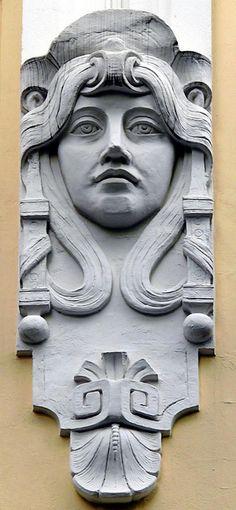 Hamburg . Jugendstil.  Este nombre designa la variante del Art Nouveau que surgió en Alemania durante la última década del siglo XIX.