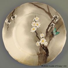 I would love a set of plates like this! Pottery Plates, Ceramic Plates, Ceramic Pottery, Plate Drawing, Tumblr Pattern, Japanese Plates, Rousseau, Barn Wood Crafts, Collections Catalog
