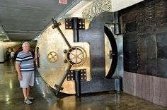 Safe Vault, Vault Doors, Safe Lock, Vaulting, Metal Art, St Louis, Studio, Shop, Character
