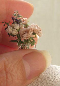 Roses. Dollhouse & Miniature ROSY, Yukari Miyazaki