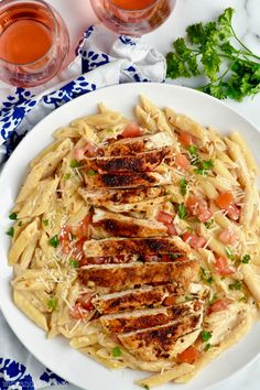 This Creamy Cajun Chicken Pasta comes together so fast, and is the perfect combo of spicy and creamy!