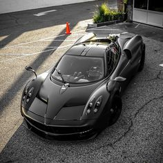 Pagani Automobili is an Italian Supercar manufacturer. Fast Sports Cars, Exotic Sports Cars, Super Sport Cars, Fast Cars, Exotic Cars, Pagani Car, Pagani Huayra, F100, Top Cars