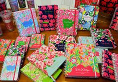 Lilly Pulitzer Agendas @Emily Mccormick im getting one for sophomore year!!!!!! EVERYONE on youtube has one for college:))))))))))
