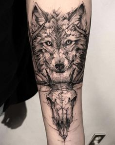 60 Amazing Wolf Tattoos - The Best You'll Ever See - Page 6 of 6 - Straight Blasted Wolf Tattoos Men, Line Tattoos, Sleeve Tattoos, Tatoos, Geometric Shape Tattoo, Geometric Sleeve Tattoo, Wolf Tattoo Design, Tattoo Designs, Art Inspired Tattoos