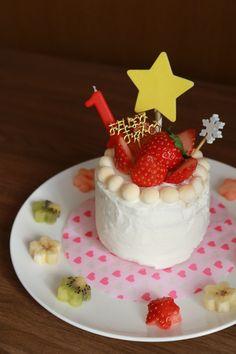 次女1歳のバースデーケーキ ホットケーキと水切りヨーグルトで作りました 1st birthday cake
