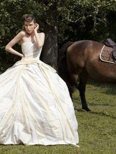 Remshardt Brautkleid   Duchesse Seide Kleidergröße DE 36 id158