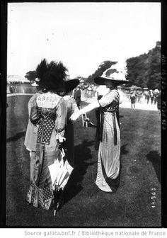 11-6-11, toilette, Chantilly : [photographie de presse] / [Agence Rol] - 1911