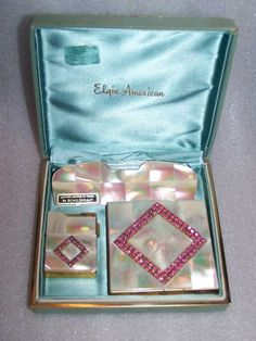 GLITZY & RITZY RHINESTONES MOTHER OF PEARL 1950s VANITY COMPACT SET w/ LIGHTER & COMB