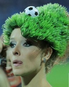 10 of The Most Funny and Crazy Hats - bemethis Sport Craft, Crazy Hats, Recycled Crafts, Funny, Mad, Sports, Accessories, Fashion, Hs Sports