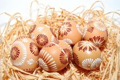 Dekorácie - veľkonočné vajíčka Egg Art, Easter Eggs, Diy And Crafts, Haha, Crafts, Crafting