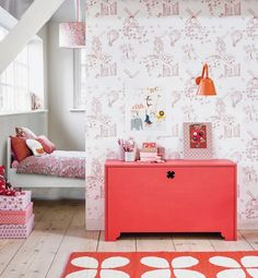 That amazing #wallpaper and pop of coral! #kidsroom #kidsroomideas