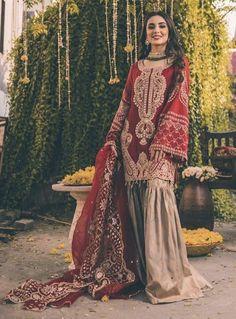 Pakistani Fashion Party Wear, Pakistani Wedding Outfits, Pakistani Dresses Casual, Indian Bridal Outfits, Indian Fashion Dresses, Pakistani Dress Design, Indian Designer Outfits, Pakistani Sharara, Walima