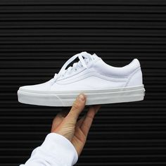 White sneakers will fit almost any look. These Vans Old Skool Trainers are the perfect example!