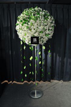 Wedding Table Centerpieces, Flower Centerpieces, Flower Arrangements, Wedding Decorations, Art Floral, Modern Floral Design, Funeral Arrangements, Flower Stands, Gypsophila
