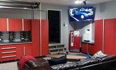 50 Garage Paint Ideas For Men - Masculine Wall Colors And Themes Painted Garage Walls, Garage Paint, Man Cave Garage, Garage House, Dream Garage, Garage Bike, Garage Color Ideas, Garage Ideas, Home Design
