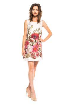 Zmysłowa sukienka o prostym kroju