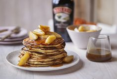 Pancakes with Baileys caramel apples