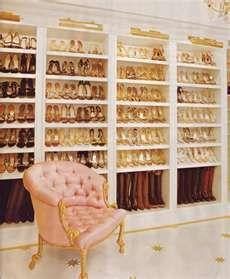 closet shoes organizer | Closet organizers, closets organizers, closet ... I need one