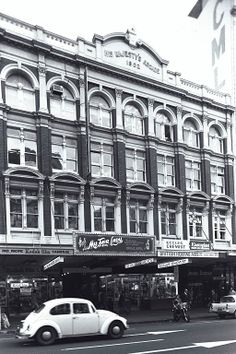 His Majesties Theatre Auckland New Zealand, What Is Like, Theatre, The Neighbourhood, Nostalgia, Street View, Lost, Cars, History