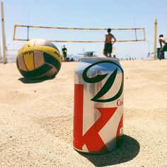 Diet Coke / @jchongstudio {loving this can design} #takemetonyc