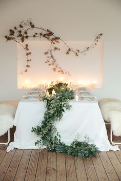 New years eve party decor ideas #newyearseveparty @weddingchicks