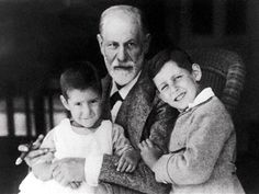 Anna Freud was extremely keen on separating one of her nephews from his parents. This nephew as an adult, is pretty critical of her and Dorothy Burlingham s pedagogic skills (See Eva Weissweiler, Die Freuds).
