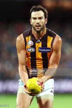 ='captionPersonalityLinkClicked' href=/galleries/search?phrase=Jordan+Lewis&family=editorial&specificpeople=2 ng-click='$event.stopPropagation()'>Jordan Lewis</a> of the Hawks wins the ball during the round four AFL match between the Port Adelaide Power and the Hawthorn Hawks at Adelaide Oval on April 25, 2015 in Adelaide, Australia.