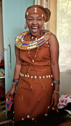 Kikuyu people of Kenya - j African Wedding Attire, African Attire, African Wear, African Fashion, African Traditional Wedding Dress, Traditional Wedding Attire, African Dresses For Women, African Women, Tribal Mode
